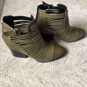 Circus by Sam Edelman Green Leather Booties 8.5